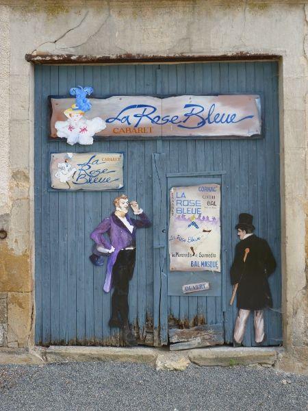 la_rose_bleue_mid